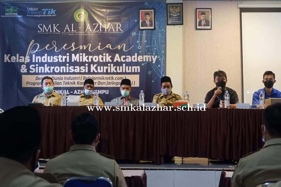 Launching Kelas Industri Mikrotik Academy TKJ